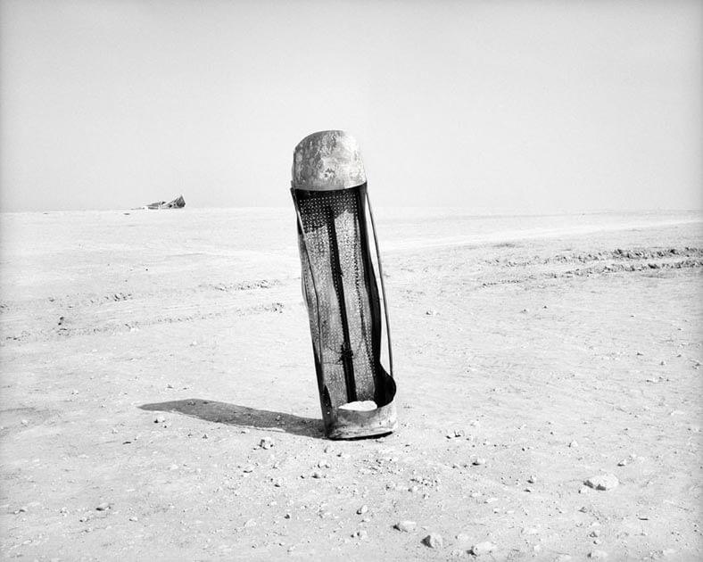 Miki Kratsman, Displaced (3), 2010, digital pigment print, 90X109 cm