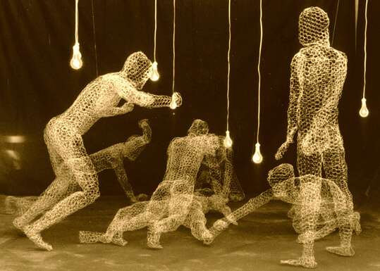 6_Carolee+Thea,+A+Sabine+Woman,+1991,+chicken+wire,+electrical+wire,+sockets,+bulbs,+sound,+dimensions+variable_detail+©1991-2018