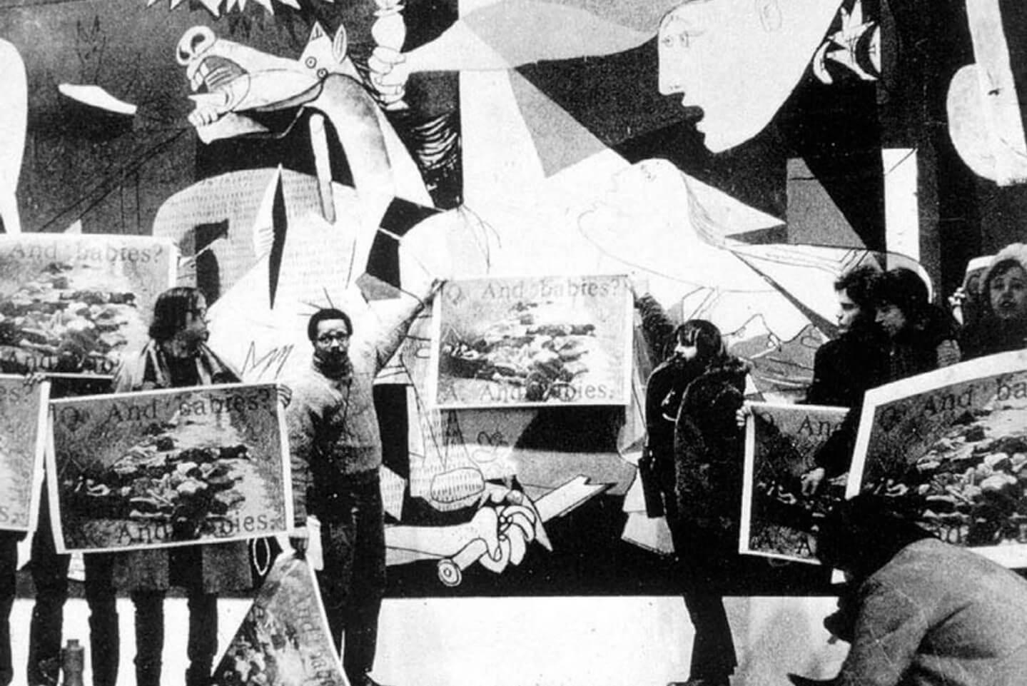 הפגנת קואליציאת עובדי האמנות מול הגרניקה במומה, 1970