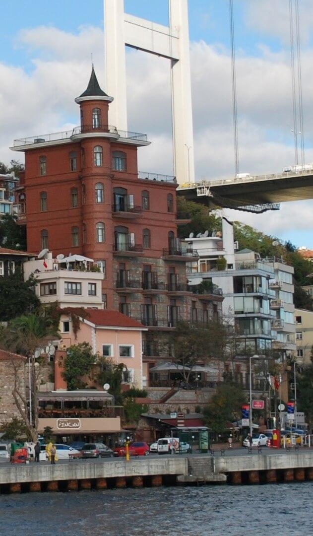 Yusuf_Ziya_Pasha_Mansion_(Perili_Kosk)_in_Istanbul