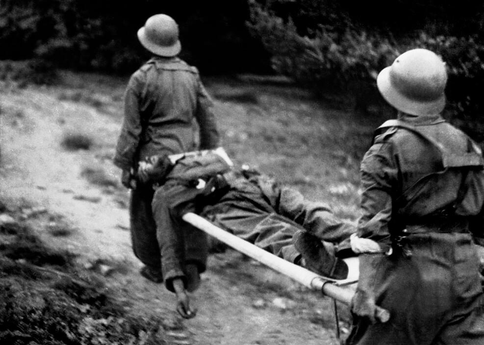 חייל רפובליקאי פצוע, חזית סגוביה
